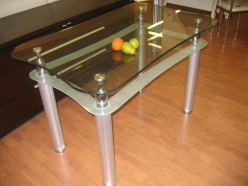 Полироль для стеклянного стола. Как избавиться от царапин на стеклянном столе