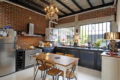 Стены под кирпич в интерьере, как сделать. Кирпичная кладка в интерьере кухни: стоит ли делать?