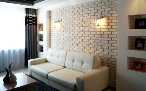 Кирпичные стены в интерьере белые. Белая кирпичная стена в гостиной