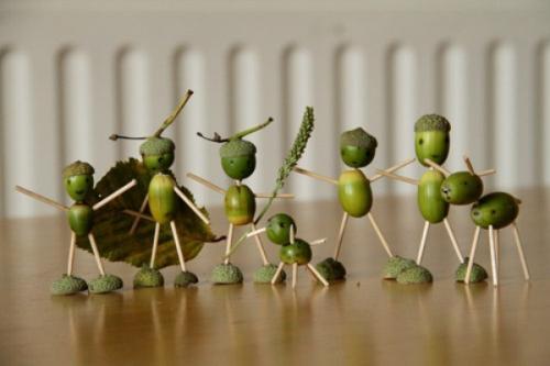 Поделки для детей из подручных материалов. Поделки-игрушки из природного материала (шишек, желудей, каштанов)