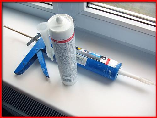 Как заменить герметик на пластиковых окнах. Виды герметиков для окон