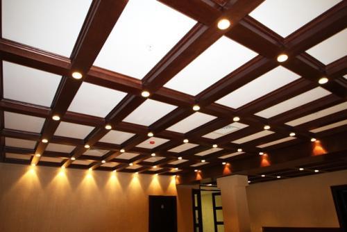 Чем обшить потолок дешево. Самые популярные варианты для отделки потолка