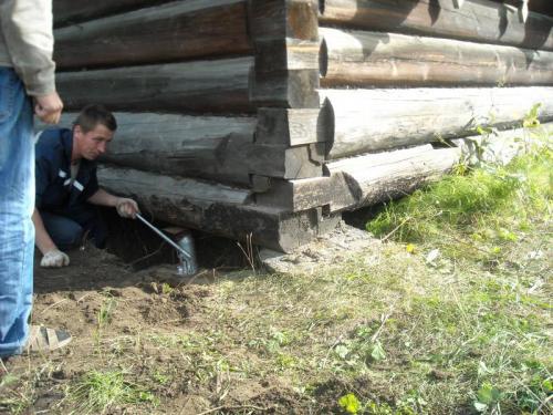 Ремонт квартир в деревянном доме. Реставрация фундамента
