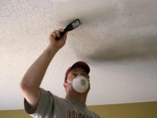 Нужно ли шпаклевать потолок перед покраской побелкой. Подготовительные этапы перед основной работой