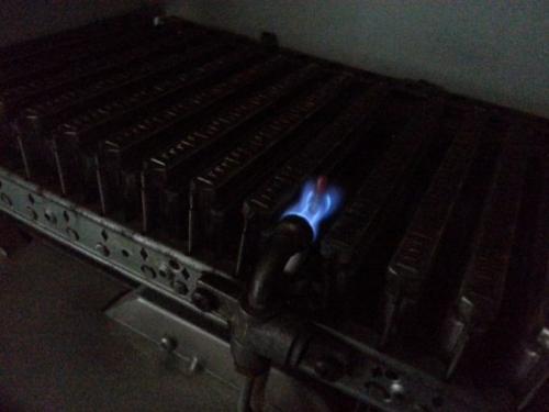 При розжиге бабахает газовый котел. Причины образования звуков и хлопков